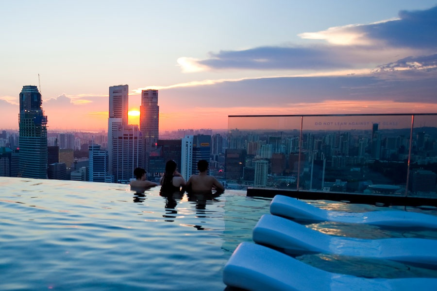 Крыша отеля Marina Bay Sands, Сингапур, Азия